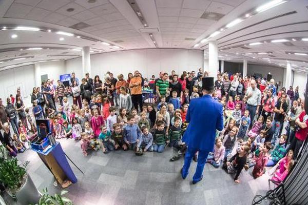 Foto z akce Santa is coming to ITS pro zaměstnance DHL ITS a jejich děti